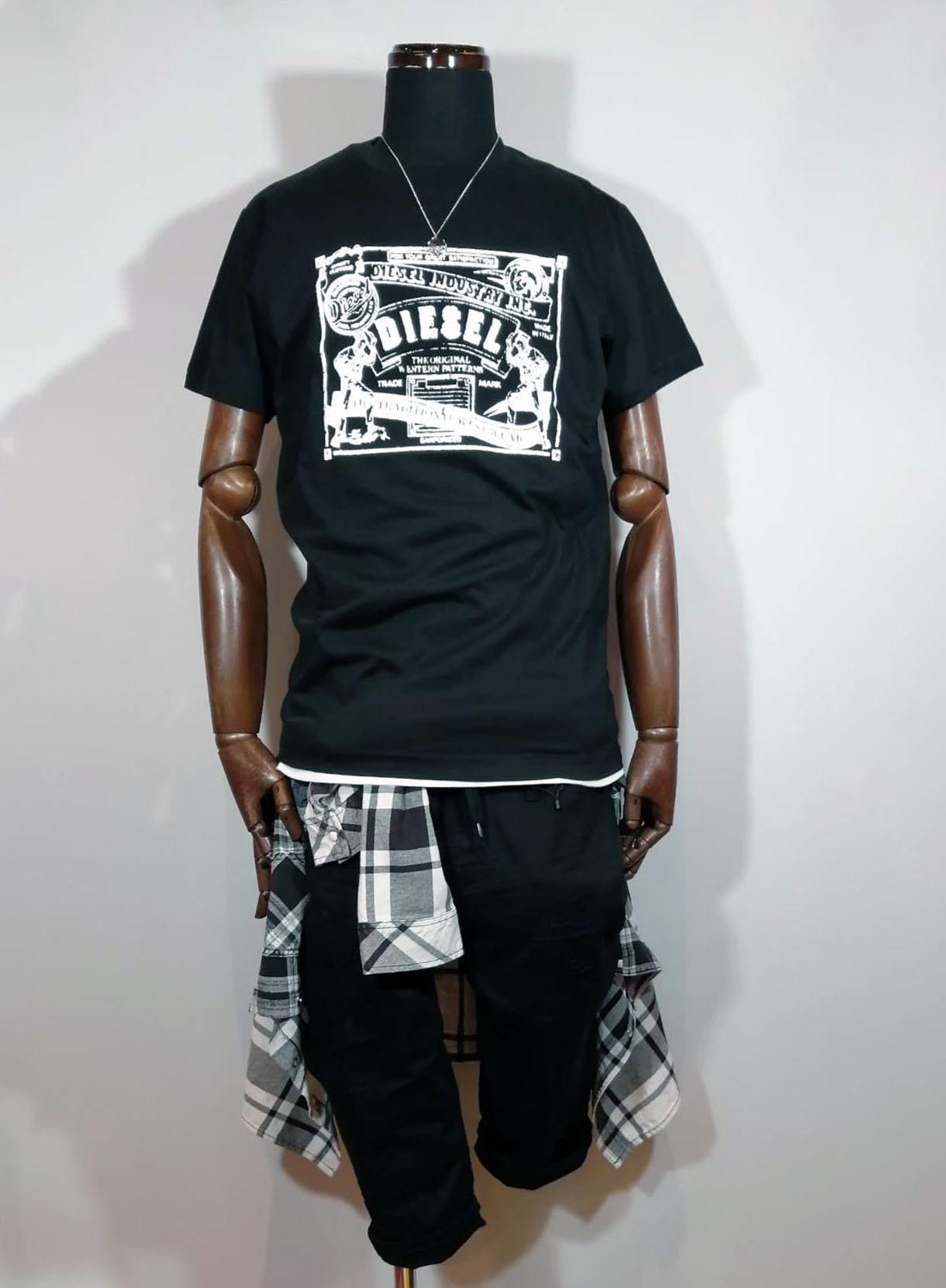 DIESEL フロントBOX Tシャツ