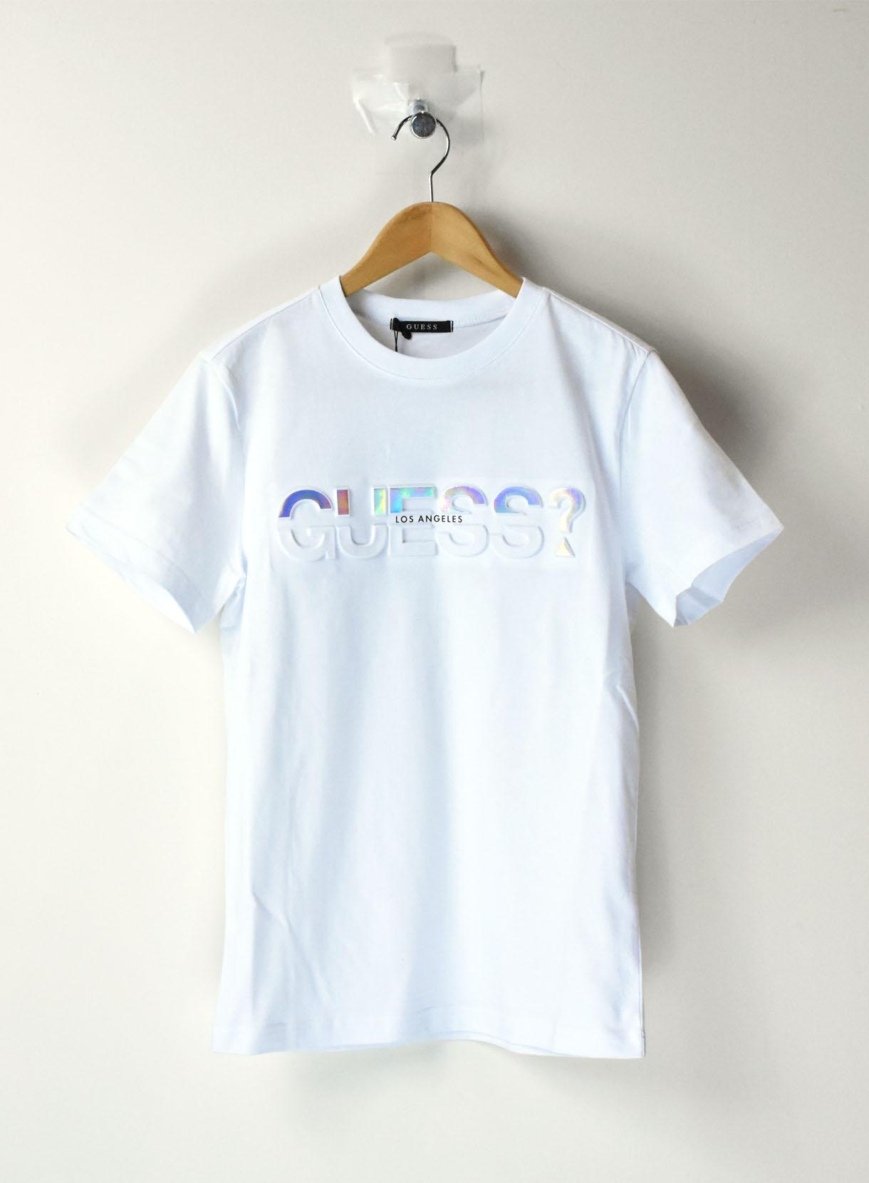 【GUESS】半袖Tシャツエンボス ホログラムロゴ 男女兼用