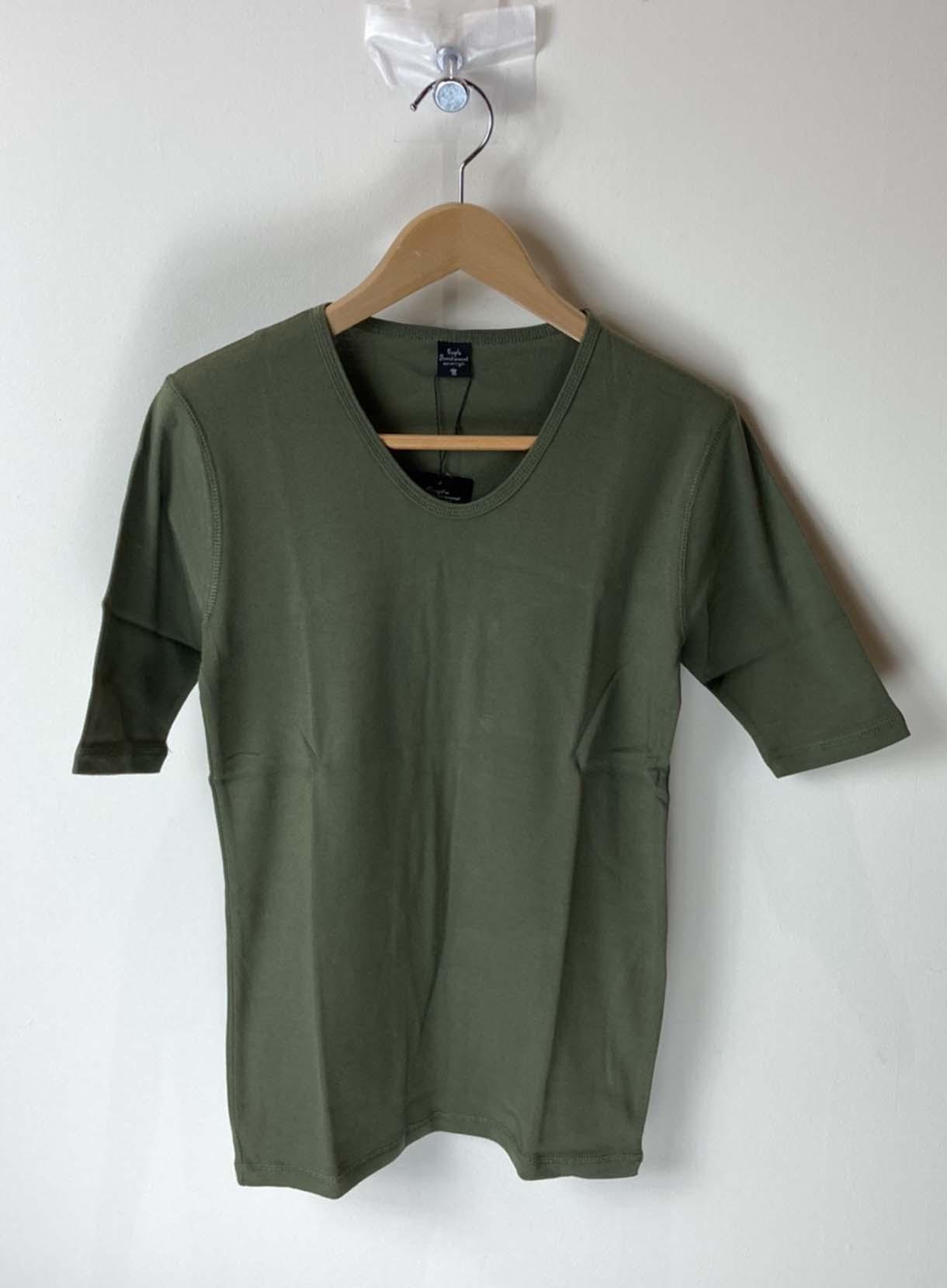 5分袖Tシャツ(レイヤード用)