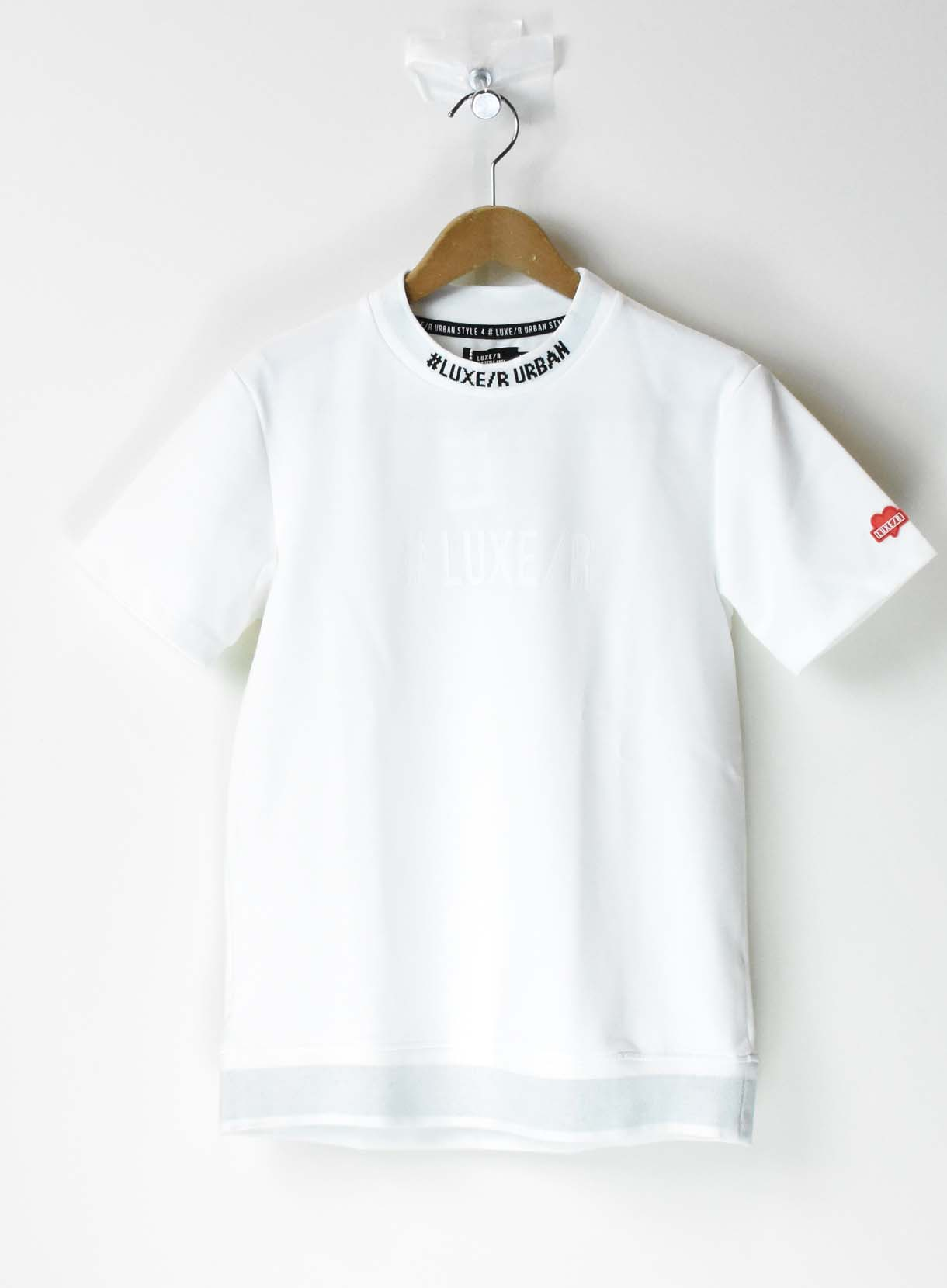 LUXE ロゴTシャツ